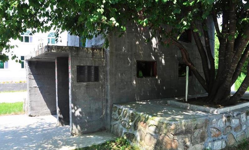 第二代营房.jpg